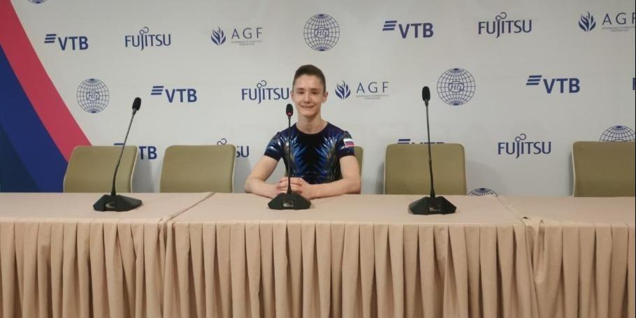 Зал Национальной арены гимнастики в Баку просторный и красивый – российский спортсмен