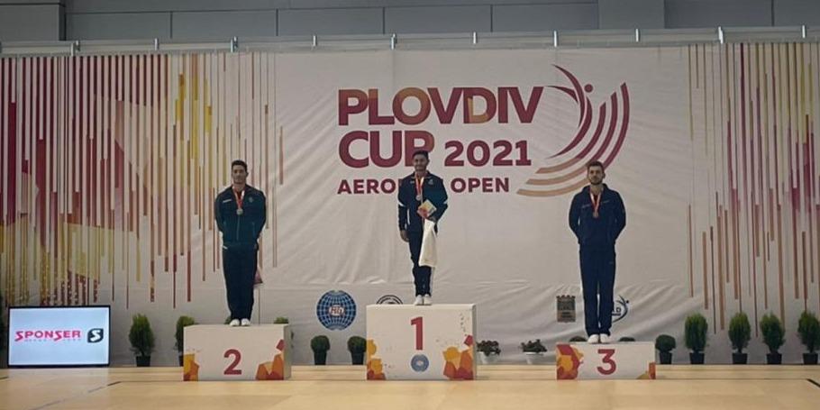 Еще одна медаль от представителя аэробной гимнастики