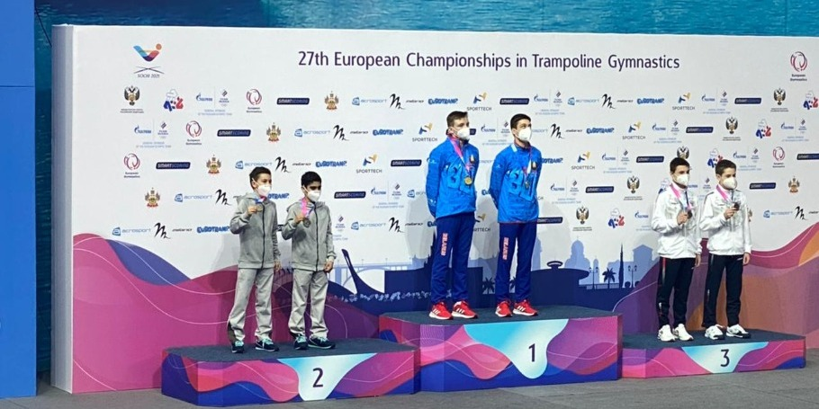 3 медали нашей сборной по прыжкам на батуте из Сочи