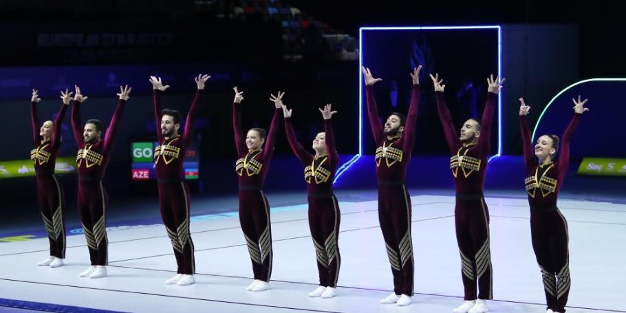 Gənc aerobika gimnastlarının Bakıdakı dünya birinciliyinə az qaldı
