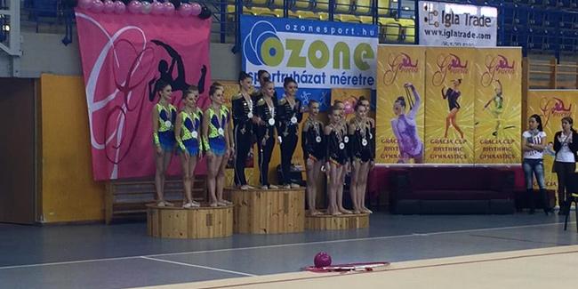 Гимнастки привезли первое золото этого года из Венгрии!
