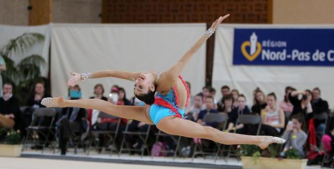 Azərbaycan gimnastları Rumıniyadan doqquz medal gətirdi