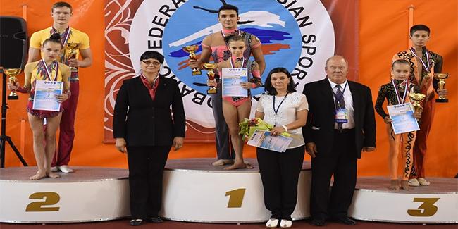 Azərbaycan akrobatları beynəlxalq turnirdə