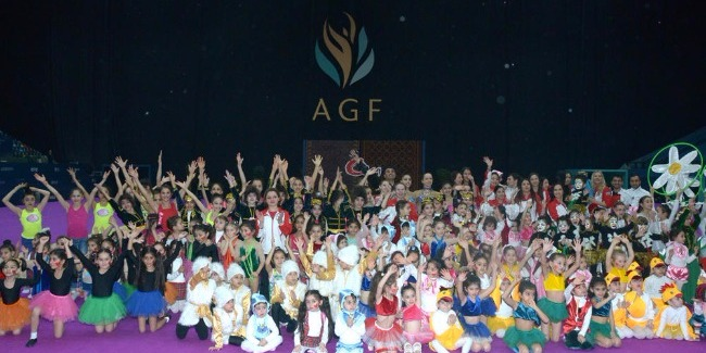 SPRING'S BUNCH OF THE GYMNASTS' FESTIVE PERFORMANCES
