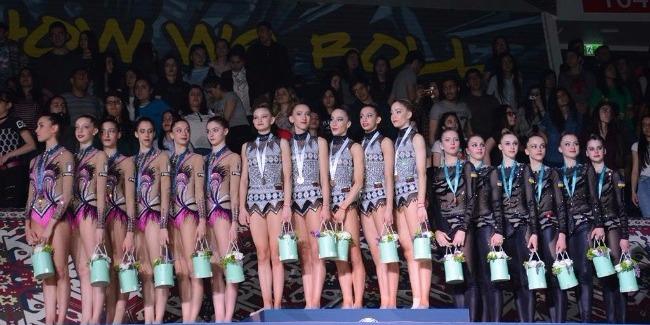 Сборная Болгарии по художественной гимнастике в групповых упражнениях выиграла