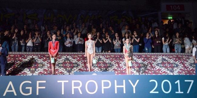 Bakıda bədii gimnastika üzrə dünya Kubokunun qaliblərinin mükafatlandırılma mərasimi keçirilib