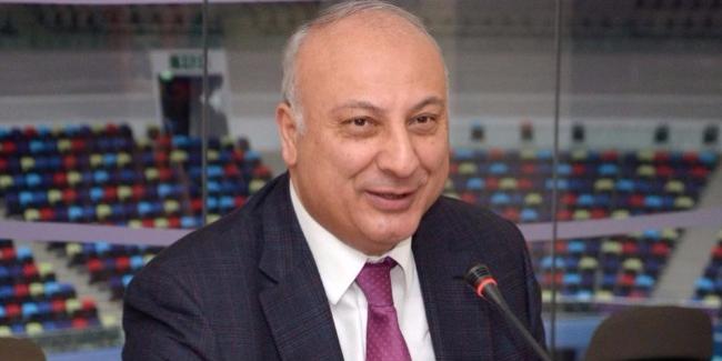AGF-nin kollektivi Altay Həsənovu təbrik edir