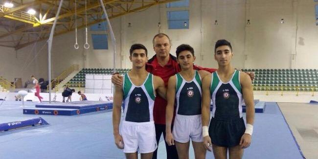 İdman gimnastlarımız Tiflisdən medallarla qayıdır