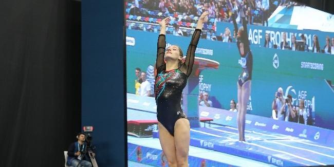 Azərbaycan gimnastı Marina Nekrasova dayaqlı tullanmada