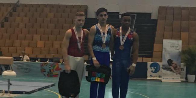Kişi idman gimnastımız beynəlxalq turnirdən iki qızıl medal qazandı