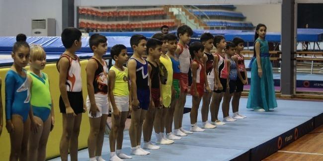 Определились победители объединенных соревнований акробатов и прыгунов