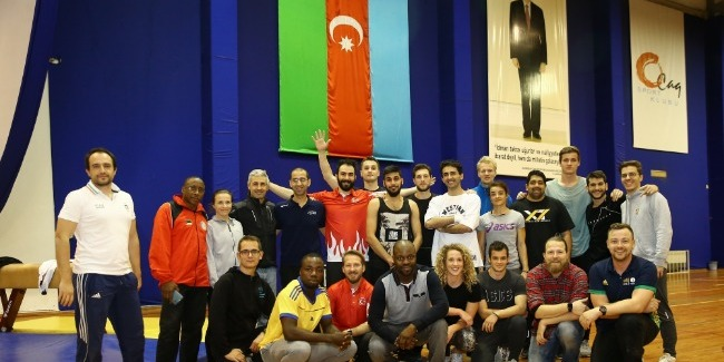 The Parkour Introductory Course is held in Baku