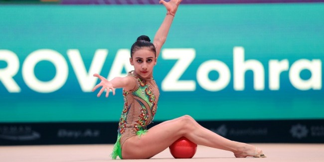 Zohra Aghamirova performs at 3 Finals of Challenge Cup