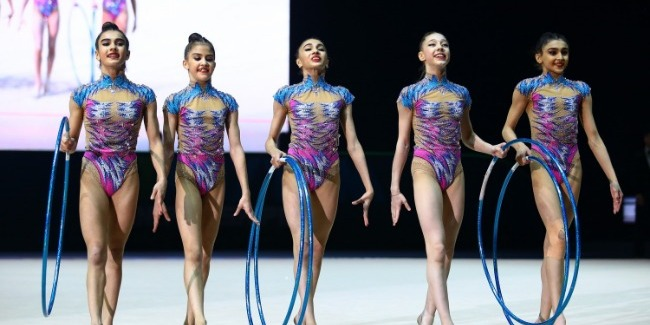 The first day of the European Championships and Azerbaijani team in group exercises reaches the Final
