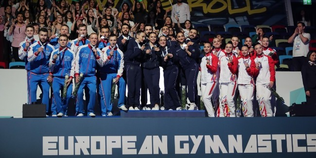 The European Championships` Gold Medal in the hands of the Azerbaijani Team