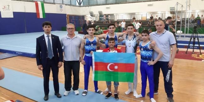 İdman gimnastlarımızdan medal dolu xəbər