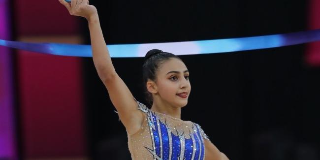Gimnastımız Zöhrə Ağamirova çoxnövçülük finalına vəsiqə qazandı