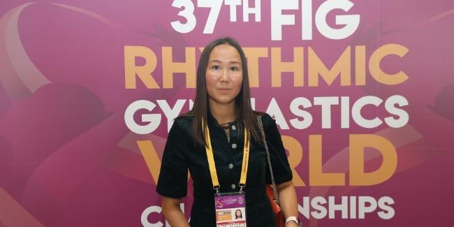 Aliya Garayeva comes to support the Azerbaijani athletes on the 4th day of the Rhythmic Gymnastics World Championships