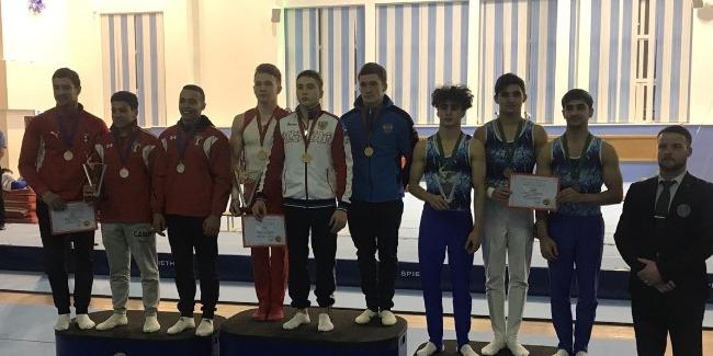 İdman gimnastları Rusiyadakı beynəlxalq turnirdən medallarla geri dönür
