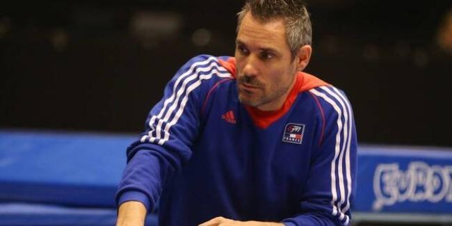Адаптация команды проходит легко – французский тренер